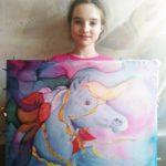 Учащаяся 6а класса гимназии №505 Мария Олейник представила свою работу на районный конкурс «Краски России — 2020»